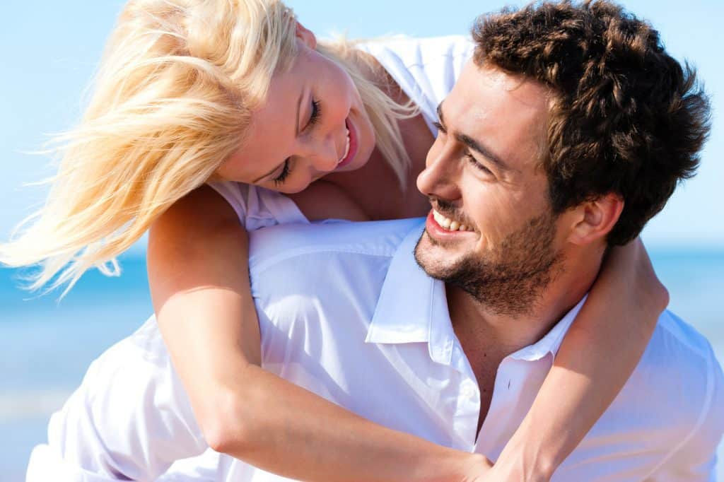 What Are The Obvious Signs Of An Aquarius Man In Love?