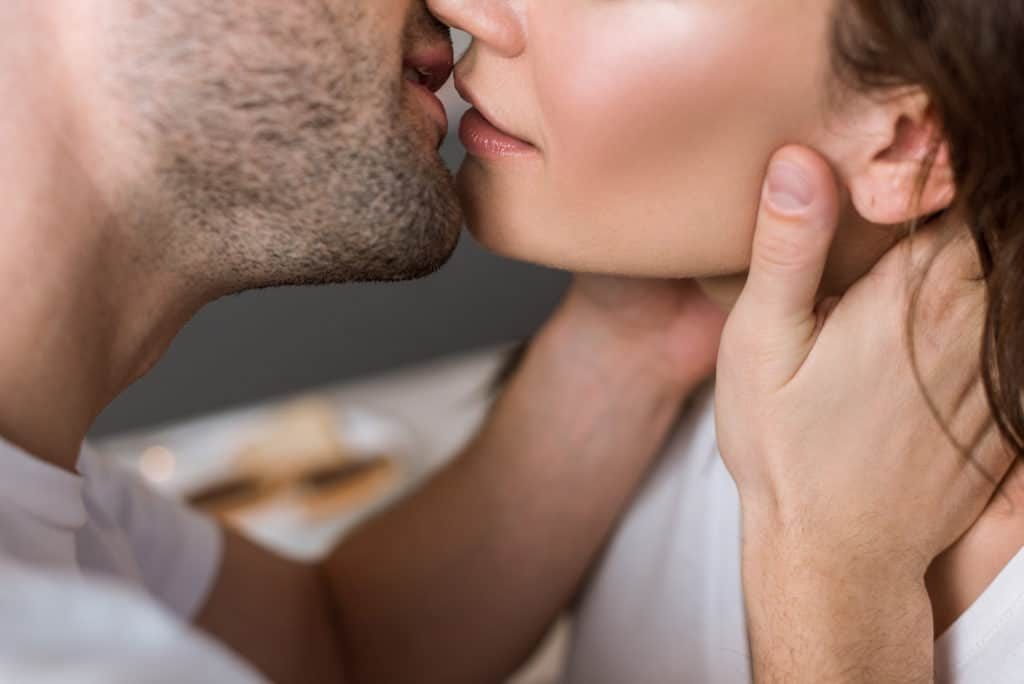 french roll kiss