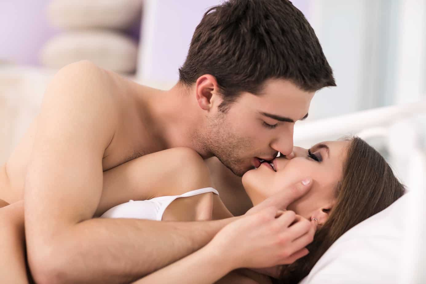 Kissing moaning while How to